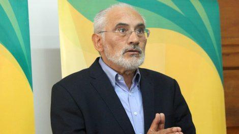 Carlos Mesa pide evitar la consolidación del «fraude»