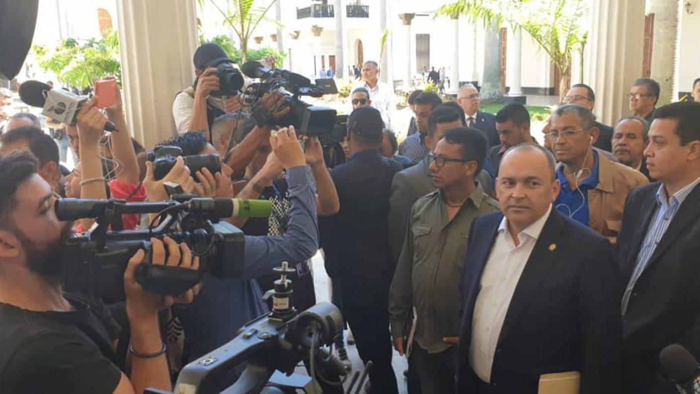 Para Francisco Torrealba, rectores del CNE pueden ser «ratificados»