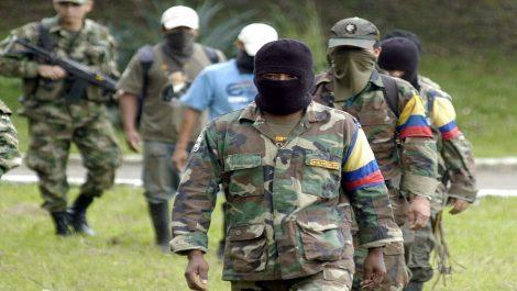 Denuncian que en Apure las FARC ejercen control y hacen «labor social»