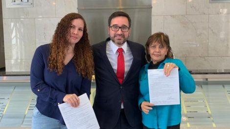 Otorgan asilo político en EEUU a familiares de Óscar Pérez