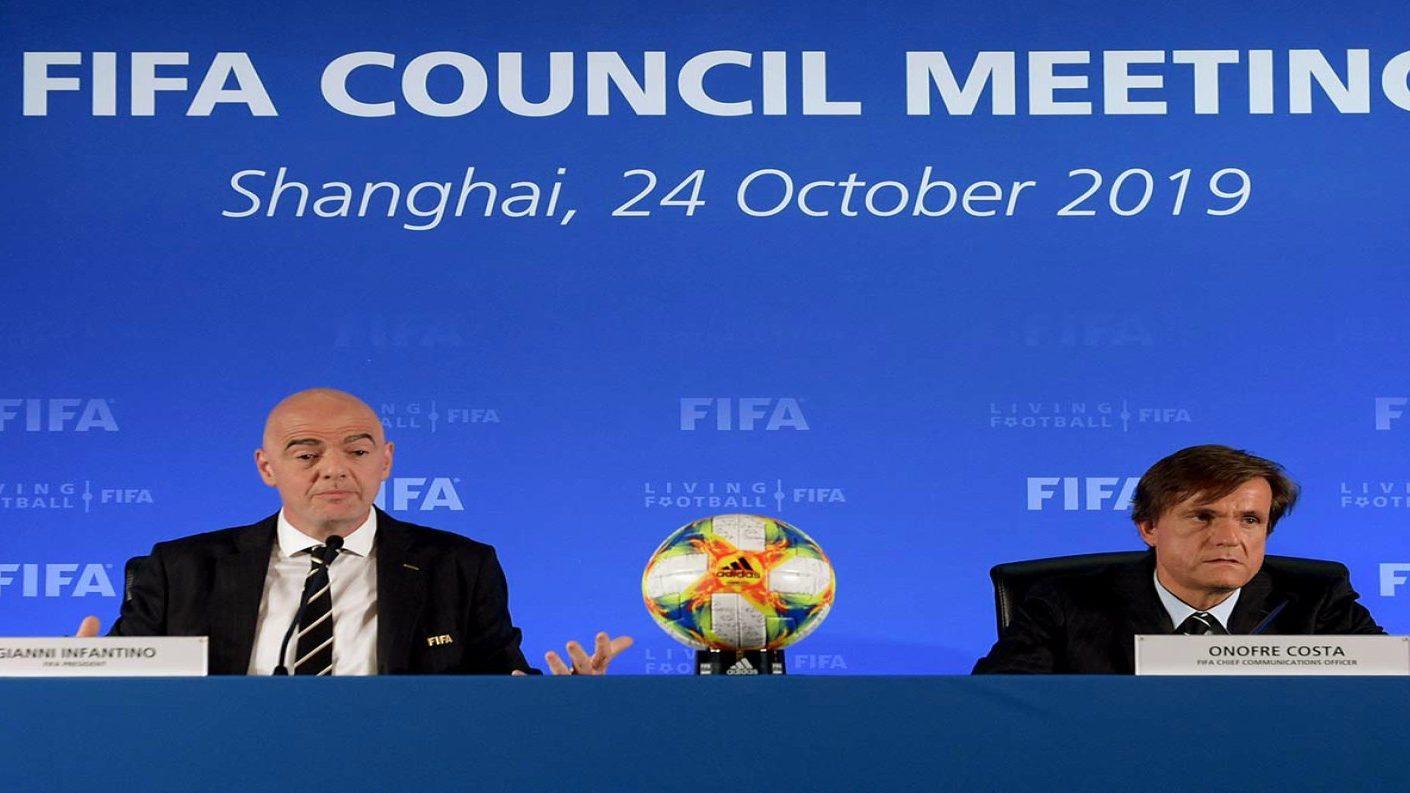 Infantino: El fútbol será menos arrogante y mas acogedor tras la pandemia