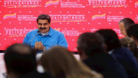 Maduro insiste en que Colombia «infla» cifras de migración para «robar al mundo»
