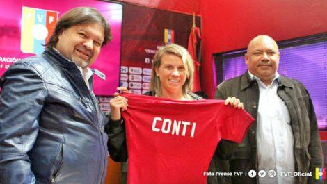 Pamela Conti asume las riendas de selección femenina