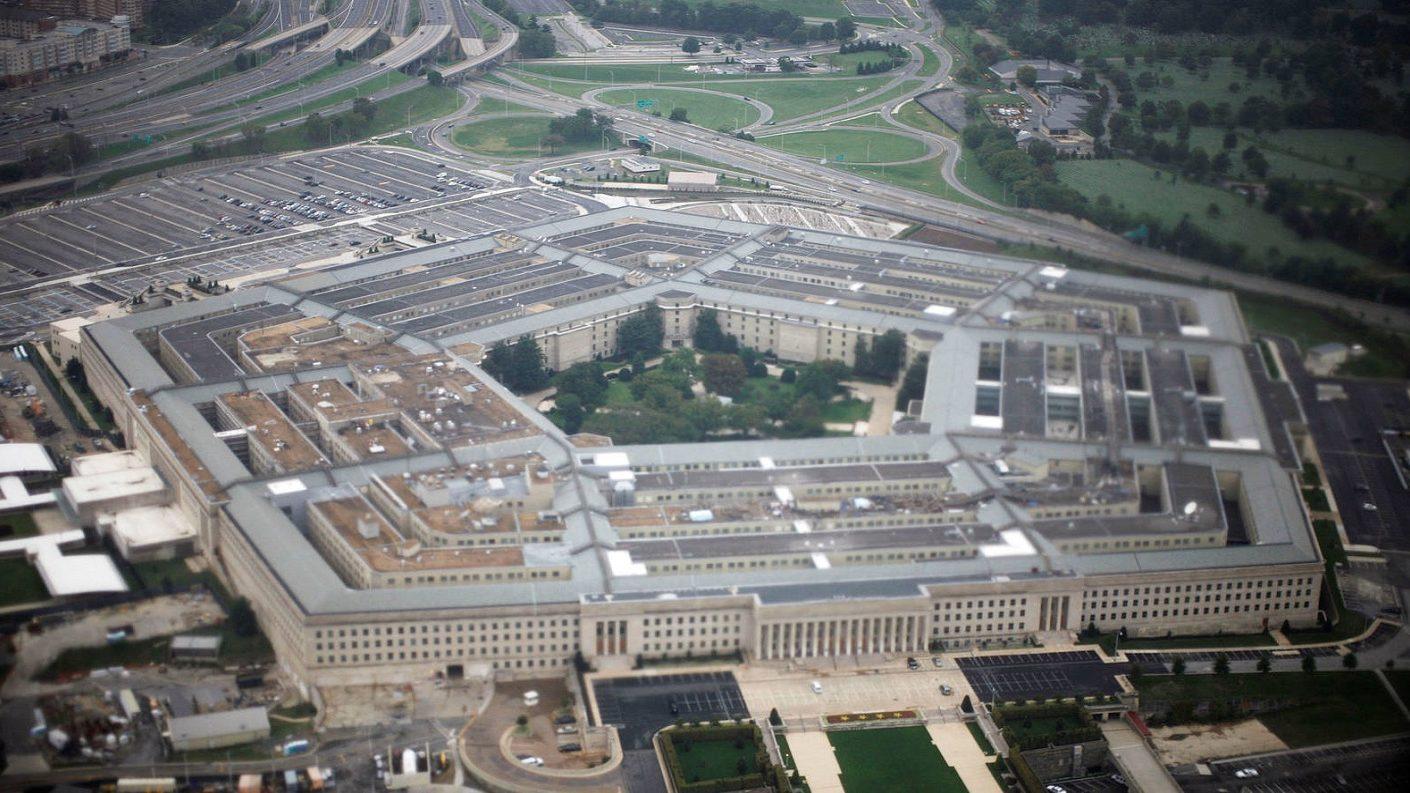 Pentágono colaborará con el Congreso en investigación sobre Trump
