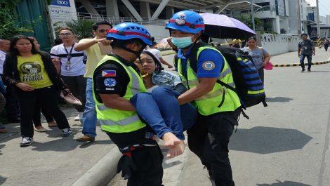 Terremoto en Filipinas deja dos muertos y medio centenar de heridos