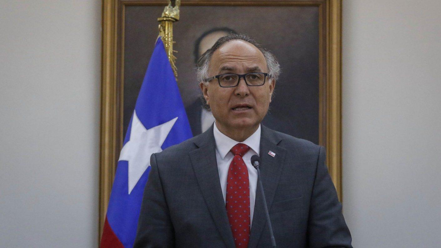 Canciller chileno propone bloquear por aire y mar a Venezuela