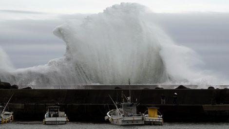 Tifón Hagibis atravesó Japón cobrando al menos 26 muertos