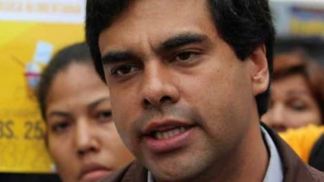 Ángel Alvarado responsabiliza al gobierno por contracción económica del 36% en 2019
