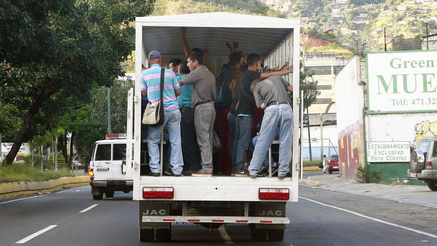 Transportistas de Anzoátegui piden que se calcule el pasaje en dólares