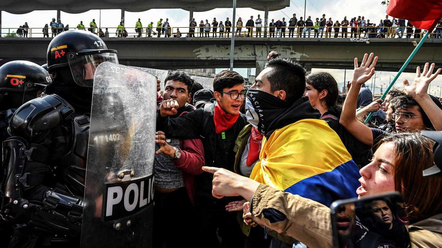 La «candelita» de las protestas amenaza con prenderse en Colombia