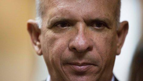 España aprobó extradición de Hugo «El Pollo» Carvajal a EEUU