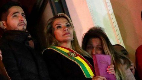Jeanine Áñez anunció su candidatura a las elecciones generales en Bolivia