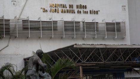 Denuncian cierre técnico del servicio de Terapia Intensiva del JM de los Ríos