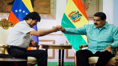 Maduro se declara movilización por «golpe de estado consumado» contra Evo Morales