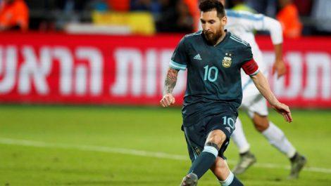 Messi dona medio millón de euros a hospitales argentinos