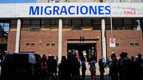 Venezolanos que tramitan papeles en Chile podrán salir del país