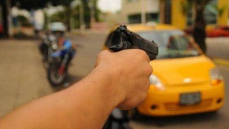 Asesinan a taxista venezolano en Perú