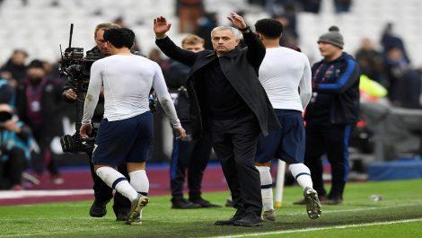 Tonttenham gana en el estreno de Mourinho