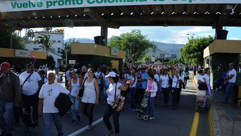 Alcalde de Bogotá propone visar y cedular a venezolanos que residan en la ciudad