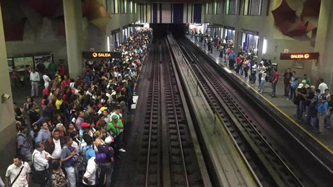 Seis heridos en descarrilamiento de un tren en el Metro de Caracas