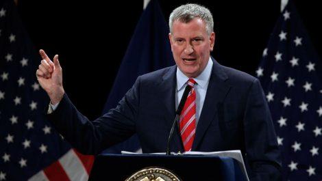Nueva York busca reducir brechas sociales al estimular programa para personas sin hogar