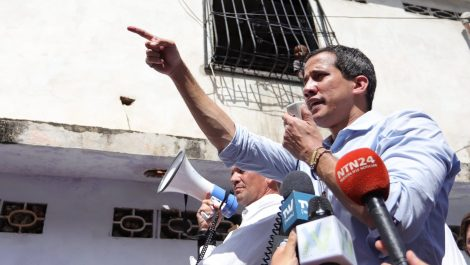 Guaidó advierte a Maduro que se «encontrarán en las calles» tras apagón en Táchira y Mérida