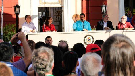 Maduro arremete contra Michelle Bachelet por supuesto silencio ante crisis en Bolivia