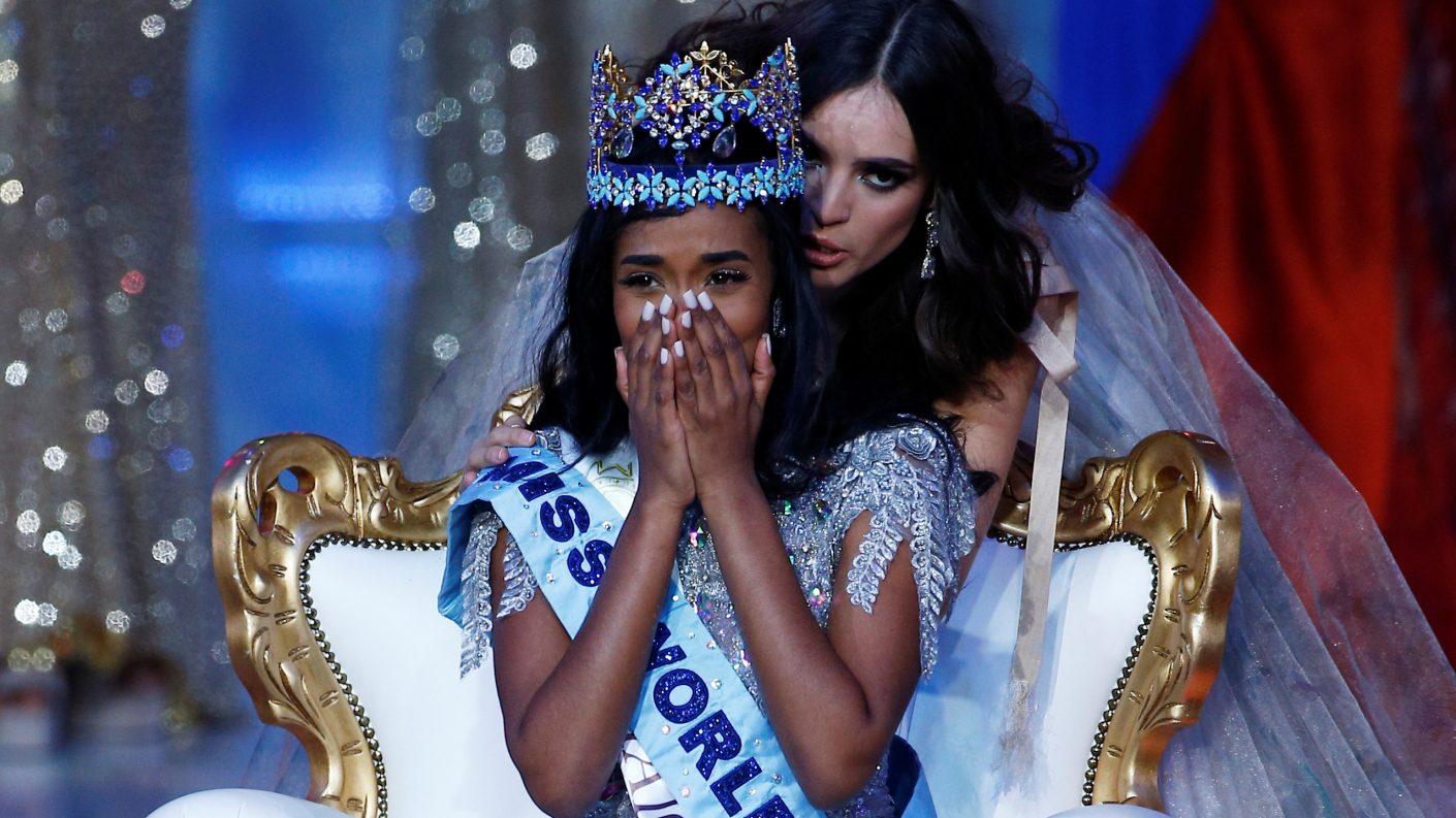 La loca reacción de Nigeria tras perder la corona del Miss Mundo 2019 (+video)