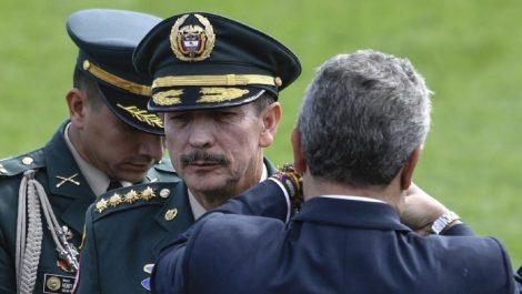 Iván Duque hace relevo al cuestionado jefe del Ejército Nicacio Martínez Espinel