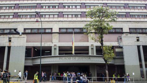 Detenido alguacil que vendía marihuana dentro del Palacio de Justicia