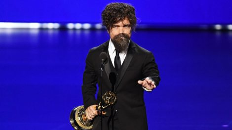 Peter Dinklage sale en defensa del final de GoT