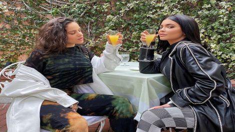 Rosalía y Kylie Jenner finalmente se conocen y quedan encantadas