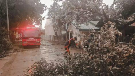 Al menos 16 personas murieron en Filipinas por paso del tifón Phanfone
