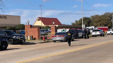 Al menos dos muertos en un tiroteo en una iglesia en Texas