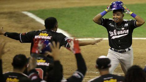Tiburones, Cardenales y Águilas dominan su serie en los Playoffs