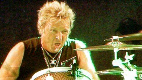 Baterista de Aerosmith demanda a sus compañeros porque no lo dejarán tocar en los Grammy