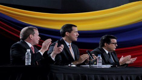 Guaidó: «Como sea, acabaremos con esta tragedia»