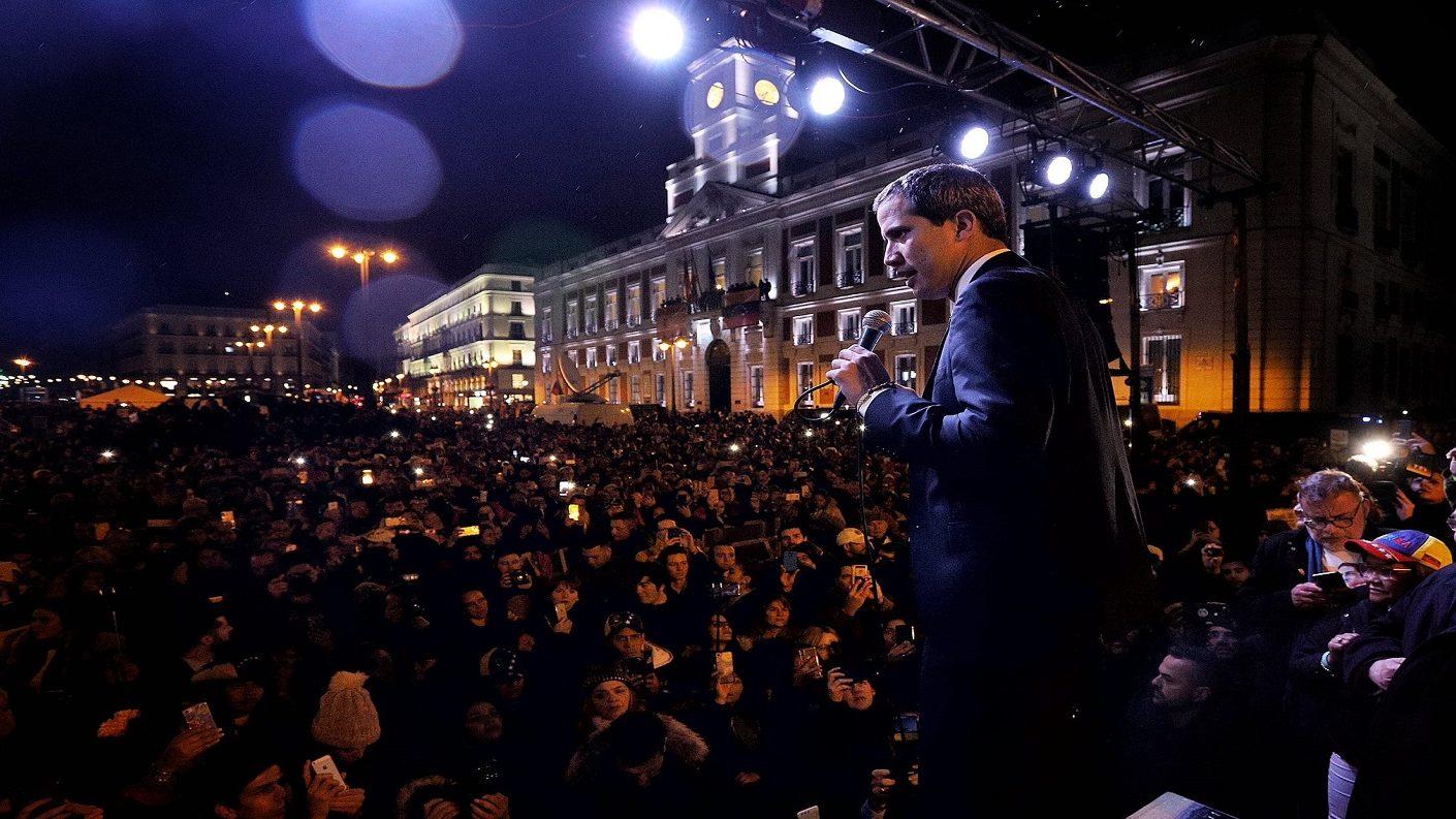 Sin Pedro Sánchez: Guaidó recibió «pleno respaldo» del gobierno español