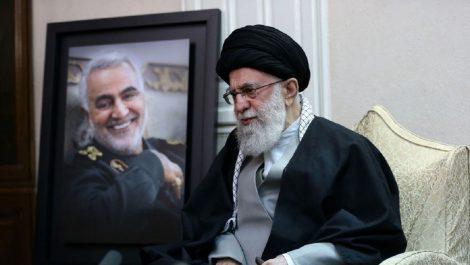 El líder supremo de Irán llama a la unidad islámica frente a EEUU