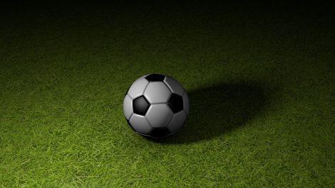 Muere en pleno juego futbolista venezolano