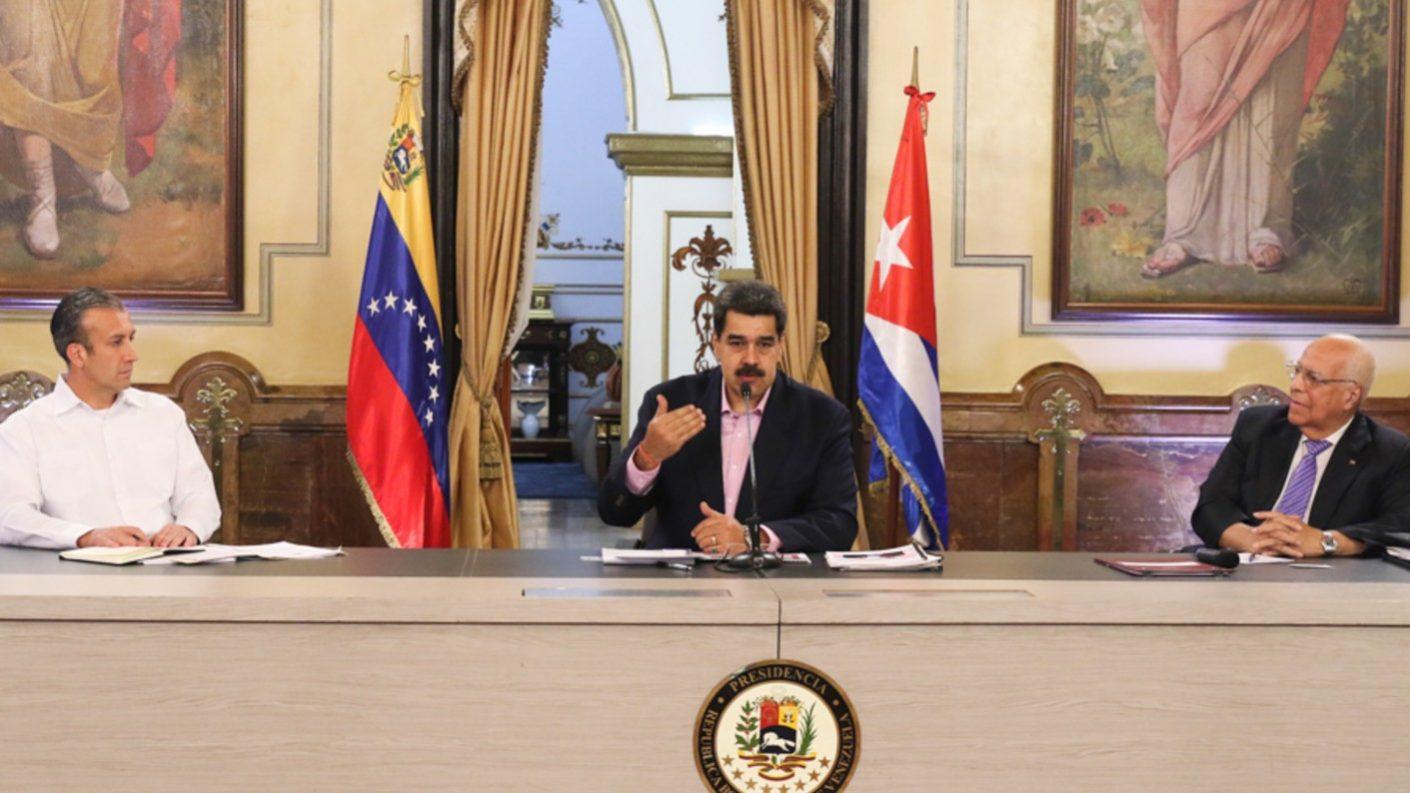 Maduro asegura que Pompeo «vive de la mentira» y dice que relación con Cuba está sólida