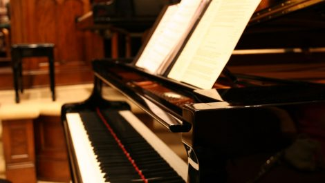 Latin Grammy le otorgó una beca a un pianista venezolano