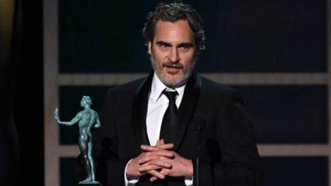 Joaquin Phoenix recordó a Heath Ledger en su discurso de aceptación del SAG por el Joker