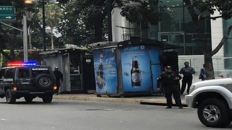 Denuncian allanamiento a la oficina de Guaidó en El Rosal