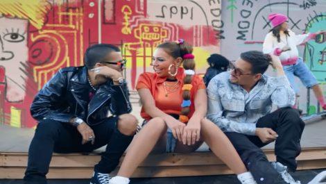 Thalía canta 'Ya tú me conoces' junto a los venezolanos 'Mau y Ricky'