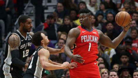 Zion Williamson se estrenó en la NBA