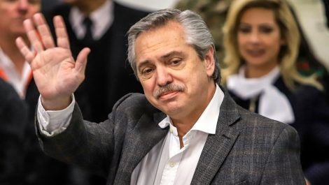 Alberto Fernández no estará durante la toma de posesión de Lacalle Pou en Uruguay