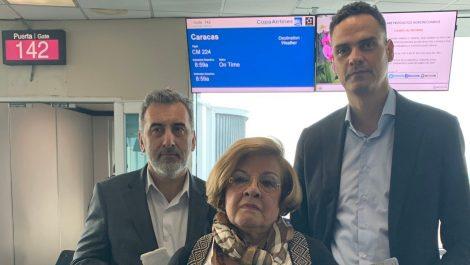 Impiden a comisión de la CIDH abordar avión que la trasladaría a Venezuela