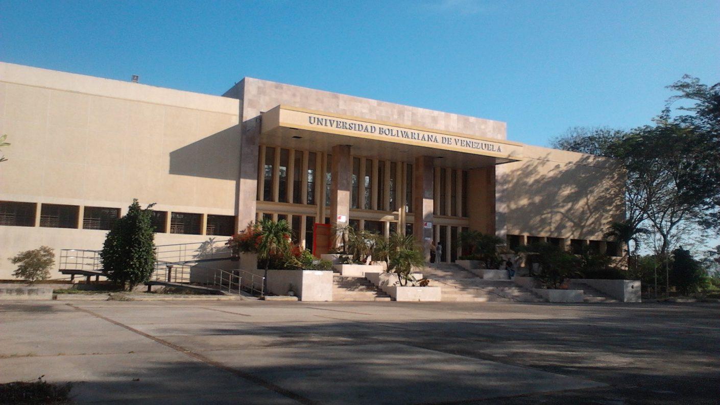 Muere estudiante de la URU en extrañas circunstancias
