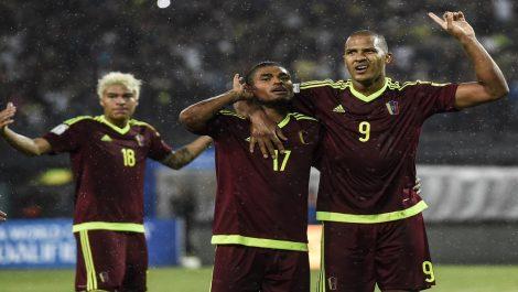 Salomón Rondón: «Como hombrecitos tenemos que hablar cara a cara»